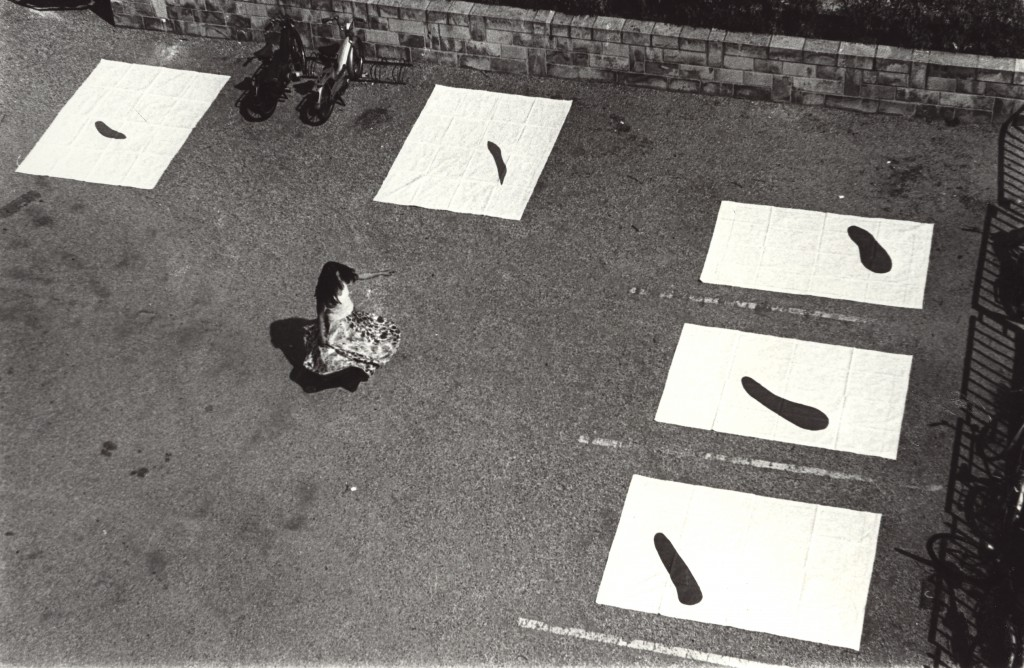 Yoko Toda performing at Cité des Arts, Paris, 1976, photo courtesy Yoko Toda